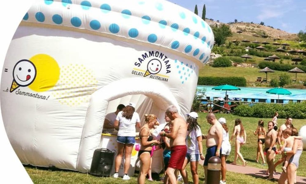 JB Promotions van JB Inflatables; De maatwerk specialist voor opblaasbare reclame artikelen en promotiematerialen op maat gemaakt in eigen huisstijl
