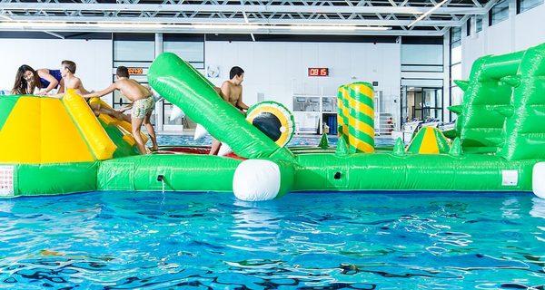 JB Inflatables Meppel; Koop Opblaasbare Zwembadspelen voor binnen en buiten water nu online