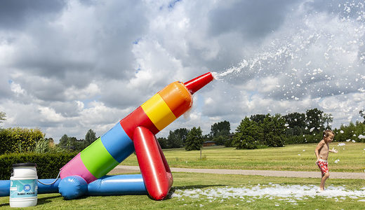 Opblaasbare schuim bubble kanonnen in standaard thema kopen voor kinderen
