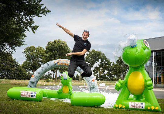 Opblaasbare bubble parken kopen voor kinderen in dino thema