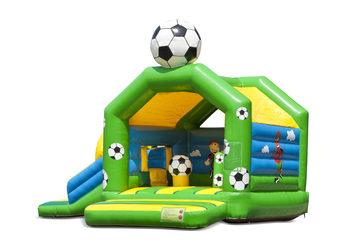 Opblaasbaar overdekt multiplay multifun springkussen met glijbaan kopen in thema voetbal voor kinderen. Bestel springkussens online bij JB Inflatables Nederland