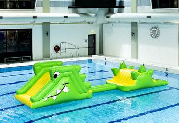 Stormbaan zwembad krokodil