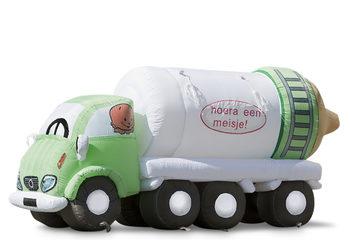 vrachtauto met fles.jpg