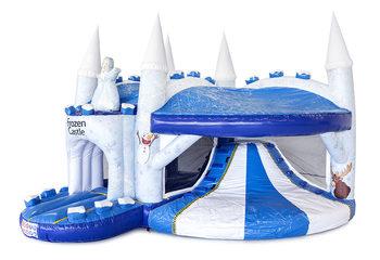 Opblaasbaar overdekt multiplay luchtkussen met glijbaan kopen in thema Frozen kasteel voor kinderen. Bestel opblaasbare luchtkussens online bij JB Inflatables Nederland