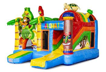 Overdekt opblaasbaar multiplay springkussen met glijbaan kopen in thema tropisch hawaii voor kinderen. Bestel opblaasbare springkussens online bij JB Inflatables Nederland