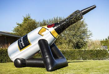 Bubble Cannon Champagne met een schuimexplosie bestellen voor kinderen. Koop springkussens online bij JB Inflatables Nederland