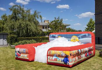 Inflatable bubble park met schuim in brandweer thema bestellen voor kinderen