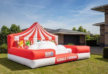 Groot opblaasbaar open bubble boarding luchtkussen met schuim kopen in thema carnaval circus clown voor kinderen
