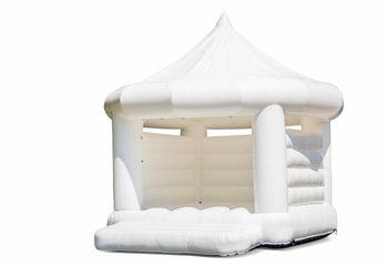 Standaard carrousel trouwkussen springkasteel in wit voor kinderen kopen. Bestel springkastelen online bij JB Inflatables Nederland