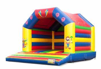 Groot springkussen overdekt kopen in circus thema voor kinderen. Bestel springkussens online bij JB Inflatables Nederland
