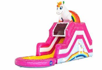 Bestel opblaasbaar waterglijbaan multiplay springkussen in thema unicorn met of zonder bad voor kinderen bij JB Inflatables Nederland. Koop springkussens online bij JB Inflatables Nederland