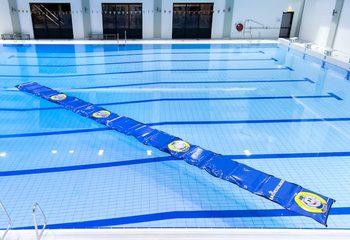 Op maat gemaakte waterloopmat voor in het zwembad kopen voor kinderen