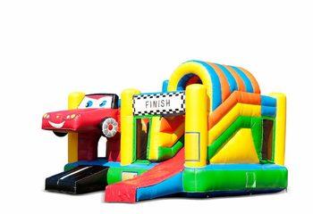 Opblaasbaar overdekt multiplay springkussen met glijbaan kopen in thema auto cars voor kinderen. Bestel opblaasbare springkussens online bij JB Inflatables Nederland