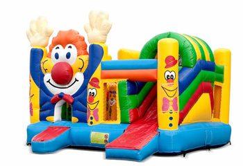 Opblaasbaar open multiplay springkussen met glijbaan kopen in thema clown voor kinderen. Bestel opblaasbare springkussens online bij JB Inflatables Nederland