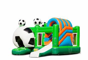 Opblaasbaar overdekt multiplay springkussen met glijbaan kopen in thema voetbal soccer voor kinderen. Bestel opblaasbare springkussens online bij JB Inflatables Nederland