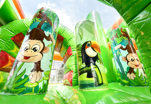 Multiplay safari gorilla springkussen met een glijbaan, leuke objecten op het springvlak en opvallende 3D objecten kopen voor kids. Bestel opblaasbare springkussens online bij JB Inflatables Nederland