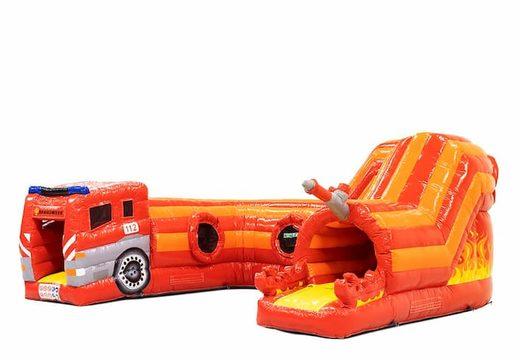 Acquistare un gioco gonfiabile tunnel per bambini con ostacoli e scivolo, tema vigili del fuoco.