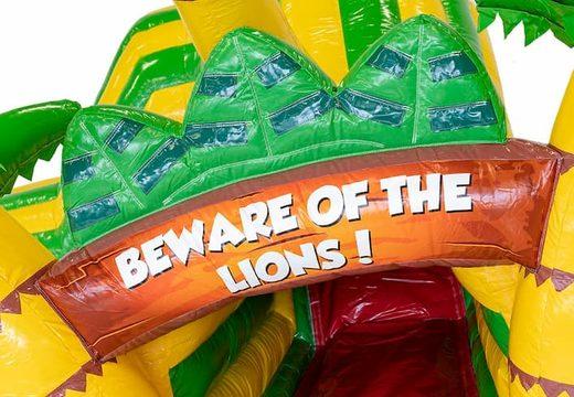 Koop een ruim kruiptunnel leeuw springkussen voor kids. Bestel springkussens online bij JB Inflatables Nederland