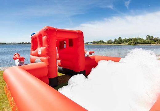 Opblaasbaar open bubble boarding park springkussen met schuim bestellen in thema brandweer voor kinderen