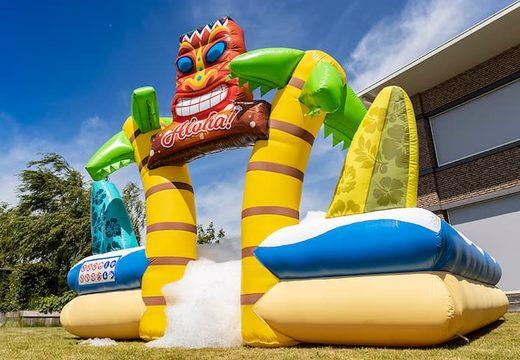 Bestel een bubble park met een schuimkraan in thema Hawaii voor kinderen. Koop opblaasbare springkussens online bij JB Inflatables Nederland
