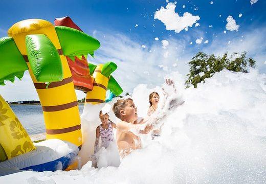 Open Bubble park Hawaii met een schuimkraan te gebruiken voor kids. Bestel opblaasbare springkastelen bij JB Inflatables Nederland