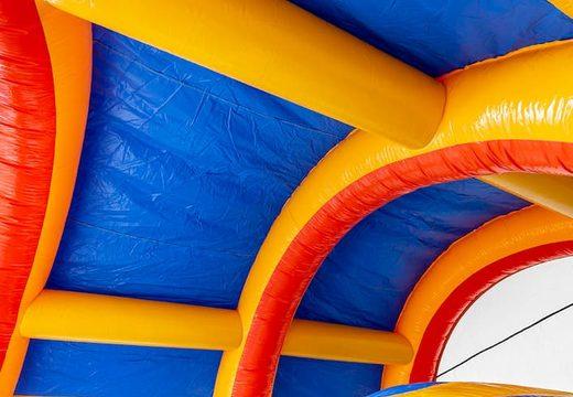 Acquistare un trampolino gonfiabile standard con il tetto per bambini