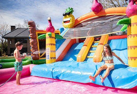 achat d'un chateau gonflable avec piscine aquatique pour les enfants
