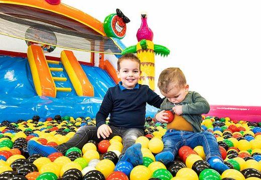 acheter un chateau gonflable avec piscine à balles pour les enfants