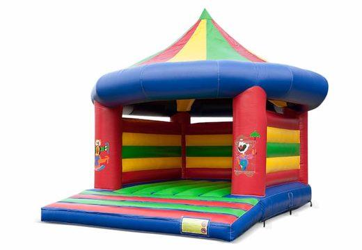 Groot overdekt springkussen kopen in thema carrousel circus voor kinderen. Bestel springkussens online bij JB Inflatables Nederland