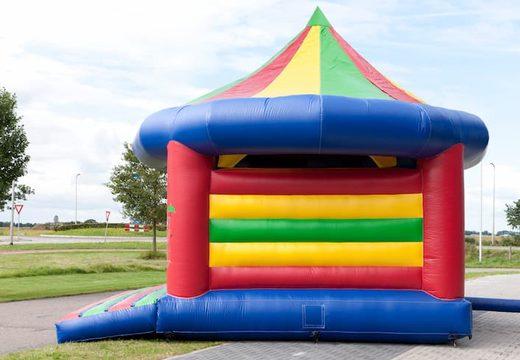 Groot carrousel springkasteel overdekt kopen voor kinderen. Bestel springkastelen online bij JB Inflatables Nederland