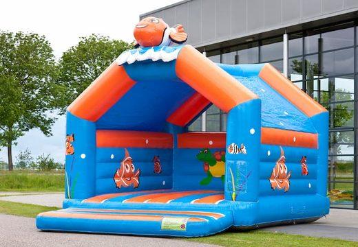 Super springkussen overdekt kopen in clownvis nemo thema voor kinderen. Koop springkussen online bij JB Inflatables Nederland