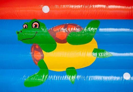 Groot overdekt springkussen kopen in thema clownvis nemo voor kinderen. Bestel springkussens online bij JB Inflatables Nederland