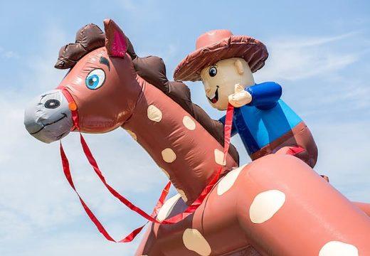 Groot overdekt luchtkussen kopen in thema cowboy western voor kinderen. Koop luchtkussens online bij JB Inflatables Nederland