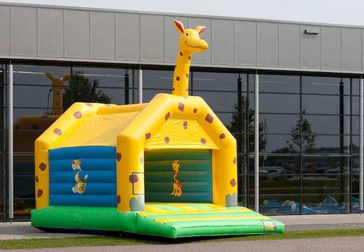 Giraffe super springkussen overdekt kopen met vrolijke animaties voor kinderen. Koop springkussens online bij JB Inflatables Nederland