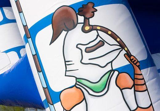 Groot overdekt blauw wit luchtkussen kopen in thema kasteel voor kinderen. Koop luchtkussens online bij JB Inflatables Nederland