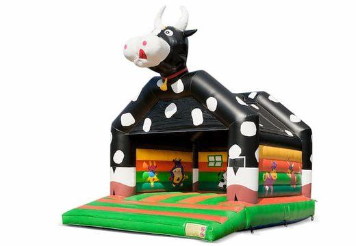 Groot springkussen overdekt kopen in koetje thema voor kinderen. Bestel springkussens online bij JB Inflatables Nederland