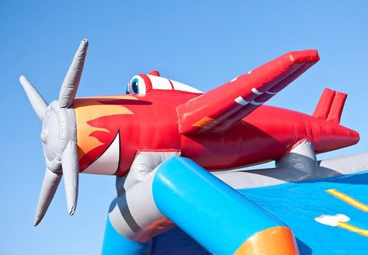 Groot springkasteel overdekt kopen in vliegtuig thema voor kinderen. Koop  springkastelen online bij JB Inflatables Nederland