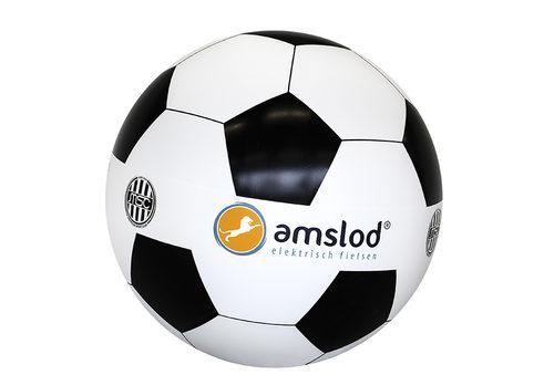 opblaasbare-mega-voetbal met logo's