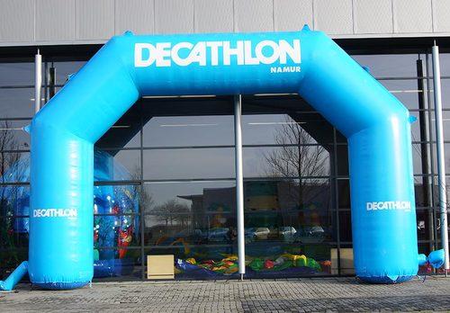 Bestel op maat gemaakte Decathlon opblaasbare start & finishboog bij JB Promotions Nederland. Reclamebogen in alle soorten en maten razendsnel op maat gemaakt