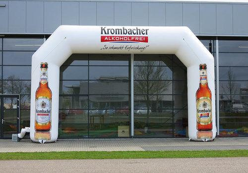 Gepersonaliseerde opblaasbare krombacher start & finishboog bestellen voor sport evenementen bij JB Inflatables Nederland. Koop nu op maat gemaakte opblaasbare reclamebogen