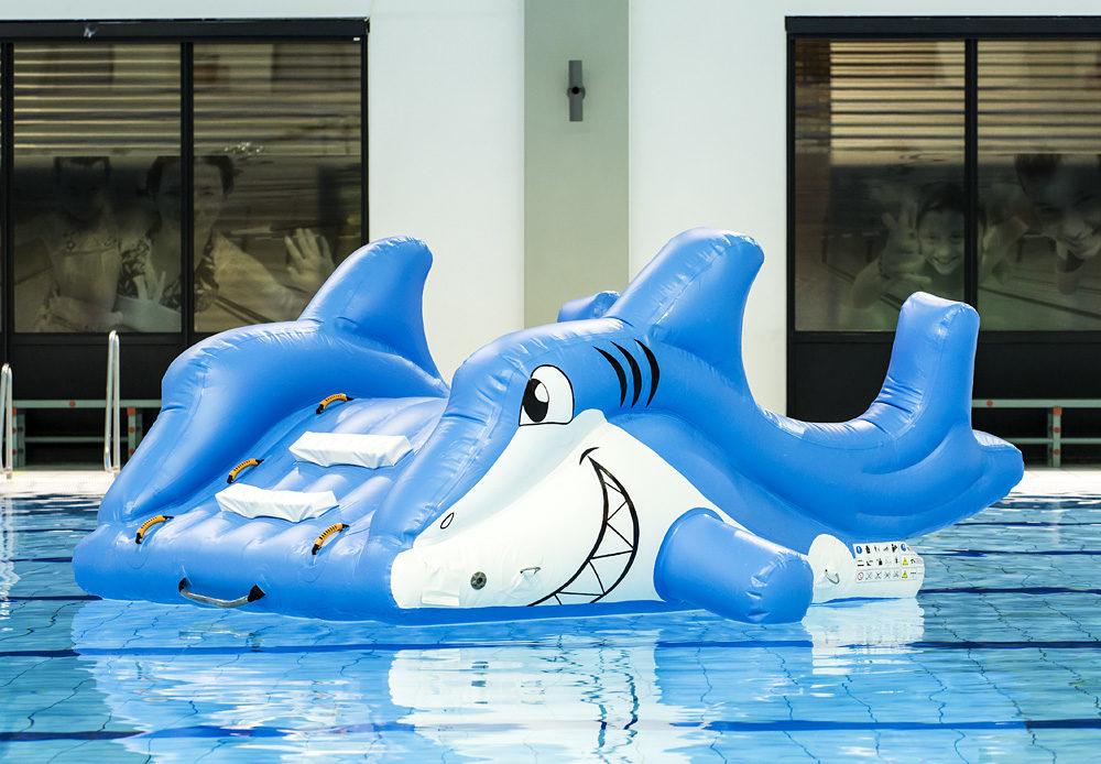 31fa0929b01128 Kleine glijbaan haai | Assortiment | JB-Inflatables